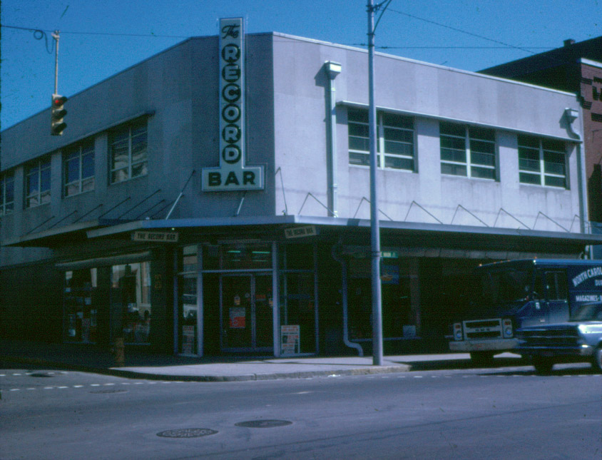 recordbar_early1960s.jpg